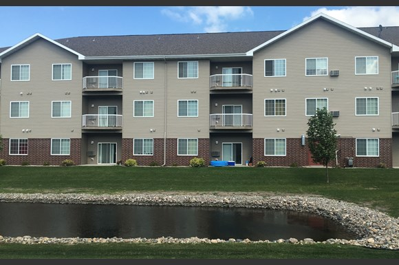 Courtyard Apartments 1601 Belsly Blvd Moorhead Mn Rentcafe