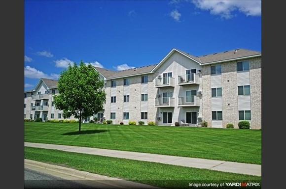 Hillcrest apartments 319 laudenbach court st cloud mn - 1 bedroom apartments in st cloud mn ...