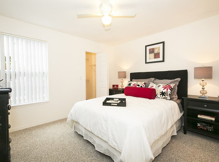 Dean Woods Place Apartments for rent in Orlando, FL. Make this community your new home or visit other ConcordRENTS communities at ConcordRENTS.com. Bedroom