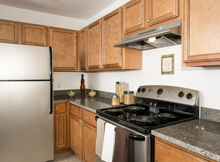 Dean Woods Place Apartments for rent in Orlando, FL. Make this community your new home or visit other ConcordRENTS communities at ConcordRENTS.com. Kitchen