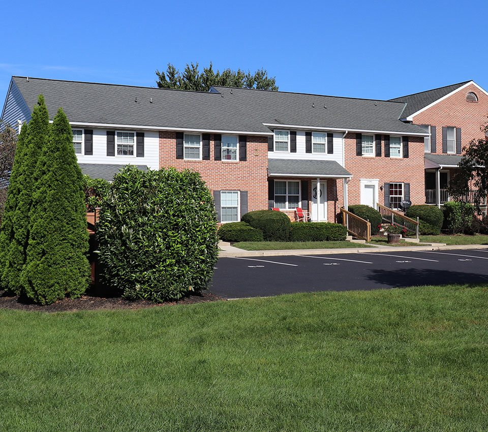 Townhouse Apartments: Apartments In Lancaster, PA