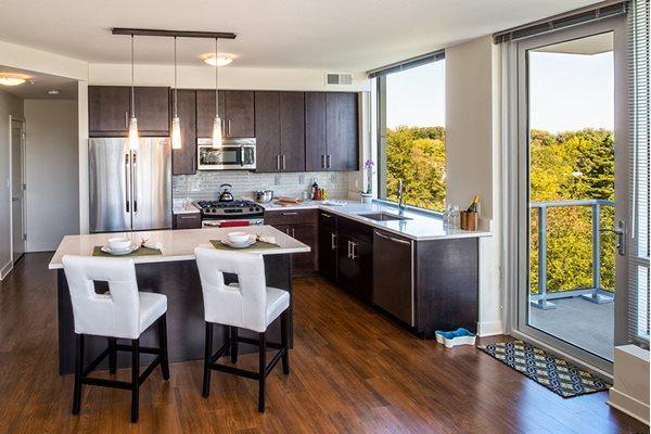 Verde Pointe Luxury Apartments Arlington Virginia