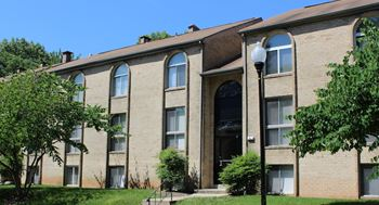 3103 Windsor Blvd. 2 Beds Apartment for Rent Photo Gallery 1