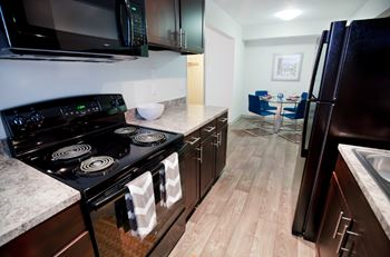 7300 Parkridge Blvd 1-3 Beds Apartment for Rent Photo Gallery 1