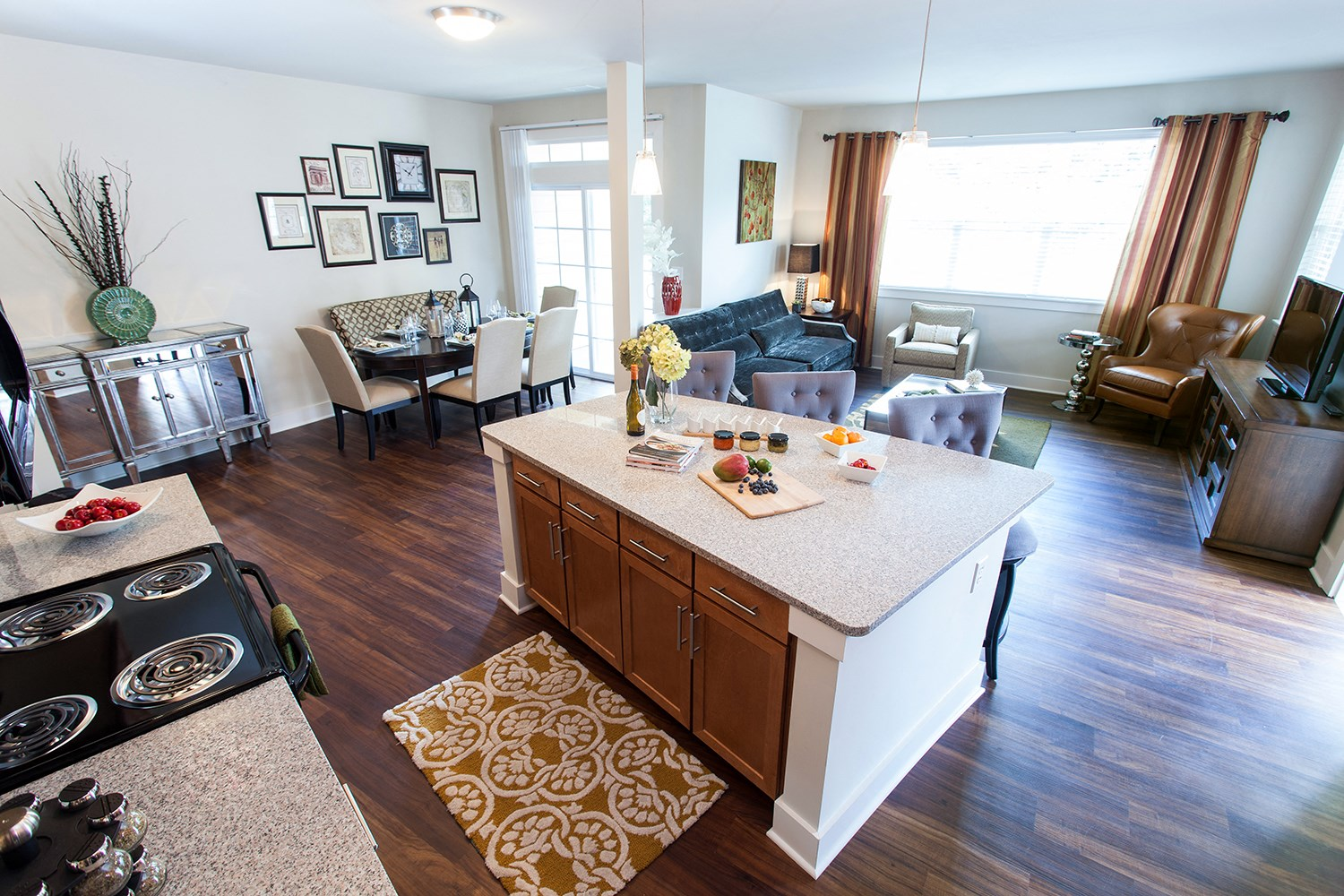 Gourmet Kitchen at Solana at the Crossing Apartments in Indianapolis, IN