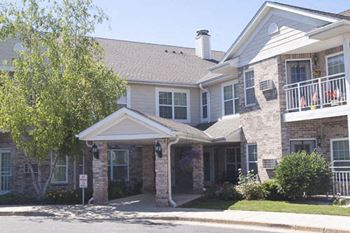 10935 N Port Washington Road 1-2 Beds Apartment for Rent Photo Gallery 1