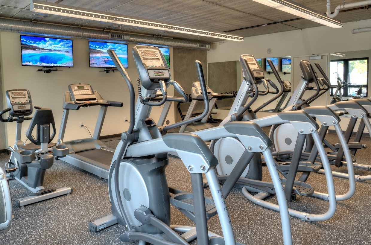 618 South Main offers residents a 24/7 fitness club.
