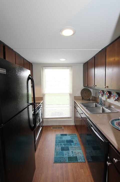 Photos And Video Of Rivers Edge Apartments In Dayton