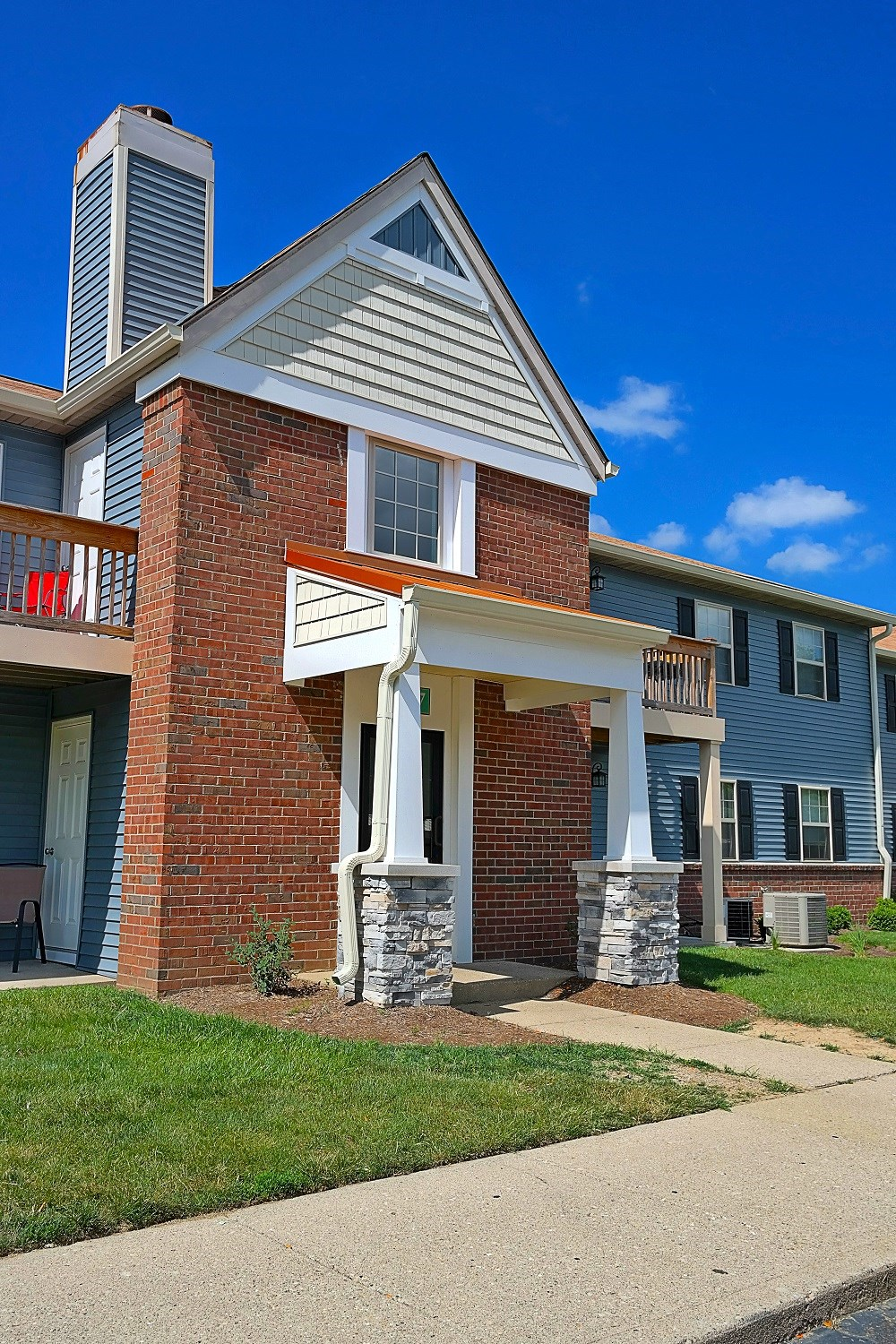 teal run apartments  2302 windsong drive  indianapolis  in