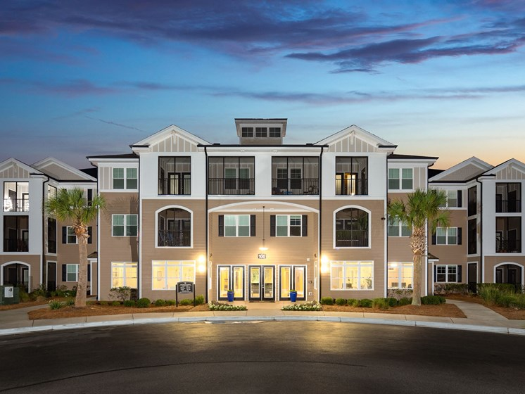 Apartment Entrance at Abberly Crossing Apartment Homes, South Carolina, 29456