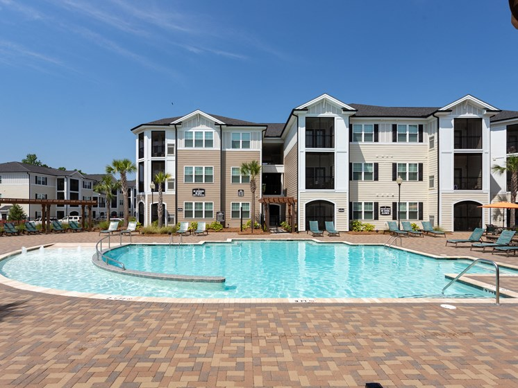 Relaxing Area by the Pool at Abberly Crossing Apartment Homes, Ladson