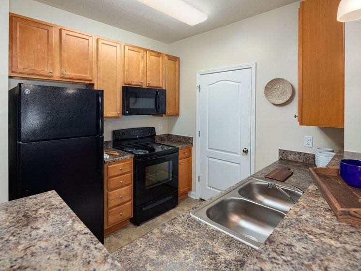 All Electric Kitchen at Abberly Crossing Apartment Homes, Ladson