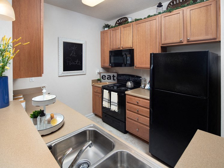 Black Appliances at Abberly Pointe Apartment Homes, Beaufort