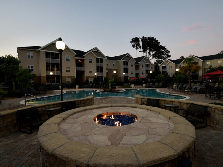 Magnificent Courtyard at Abberly Pointe Apartment Homes by HHHunt, Beaufort, SC