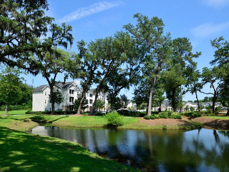 Picturesque Garden Setting at Abberly Pointe Apartment Homes by HHHunt, Beaufort, SC, 29935