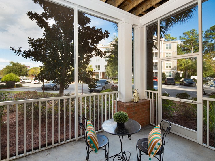Screened Porches for Relaxing Evenings at Abberly at West Ashley Apartment Homes, Charleston, SC, 29414