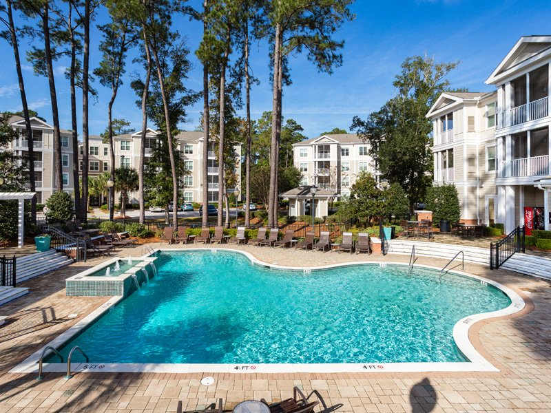 Swimming Pool With Sparkling Water at Abberly at West Ashley Apartment Homes, Charleston, 29414