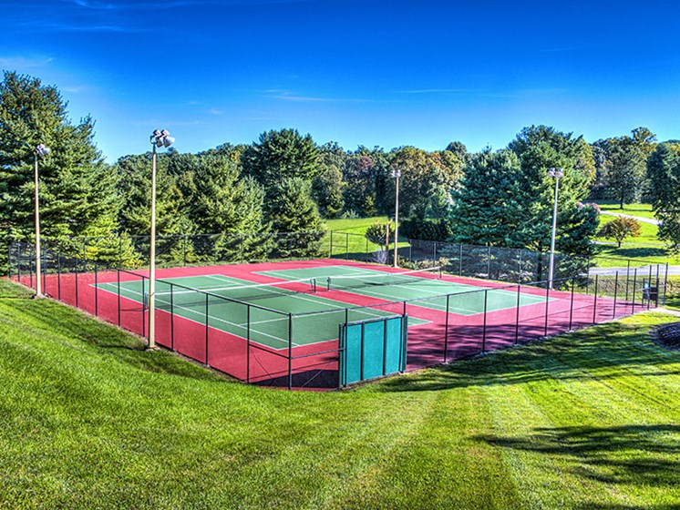 Smooth and Well Kept Tennis Court at Honeywood Apartment Homes, Roanoke