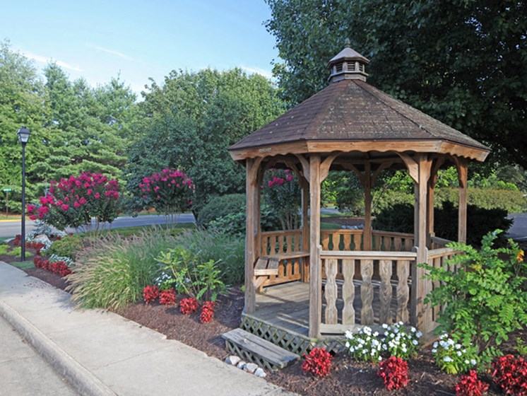Beautiful Garden Gazebo at Honeywood Apartment Homes, Roanoke, VA