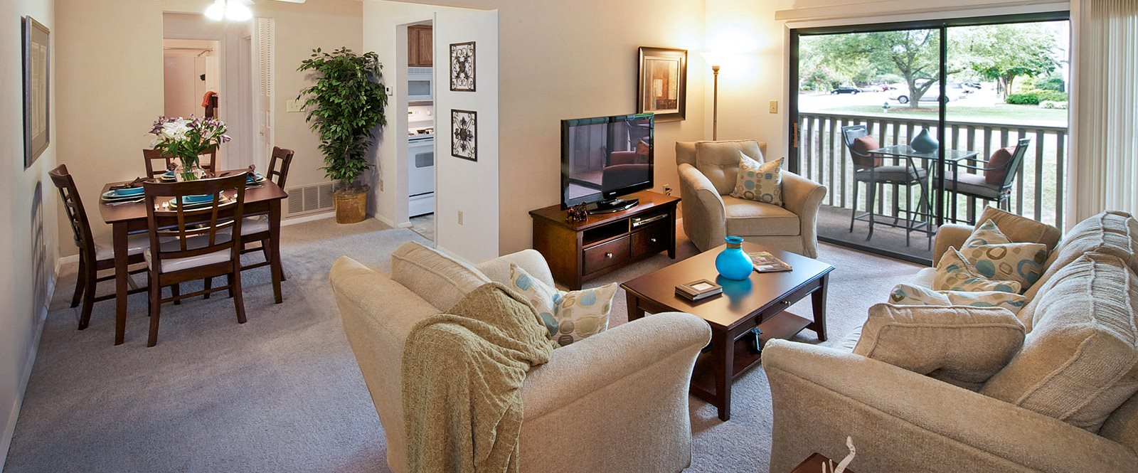 Garden Style Apartment Homes at Honeywood Apartment Homes, Virginia