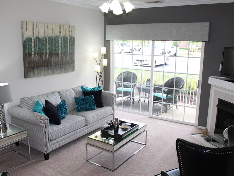 Sleek Interior Finishes at Abberly Twin Hickory Apartment Homes by HHHunt, Virginia, 23059