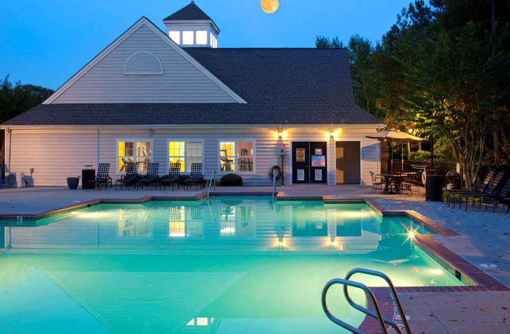 Crystal Clear Swimming Pool at Abberly Twin Hickory Apartment Homes, Glen Allen, VA