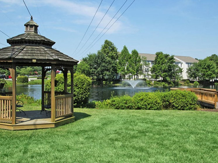 Garden Gazebo at Abberly Twin Hickory Apartment Homes by HHHunt, Virginia