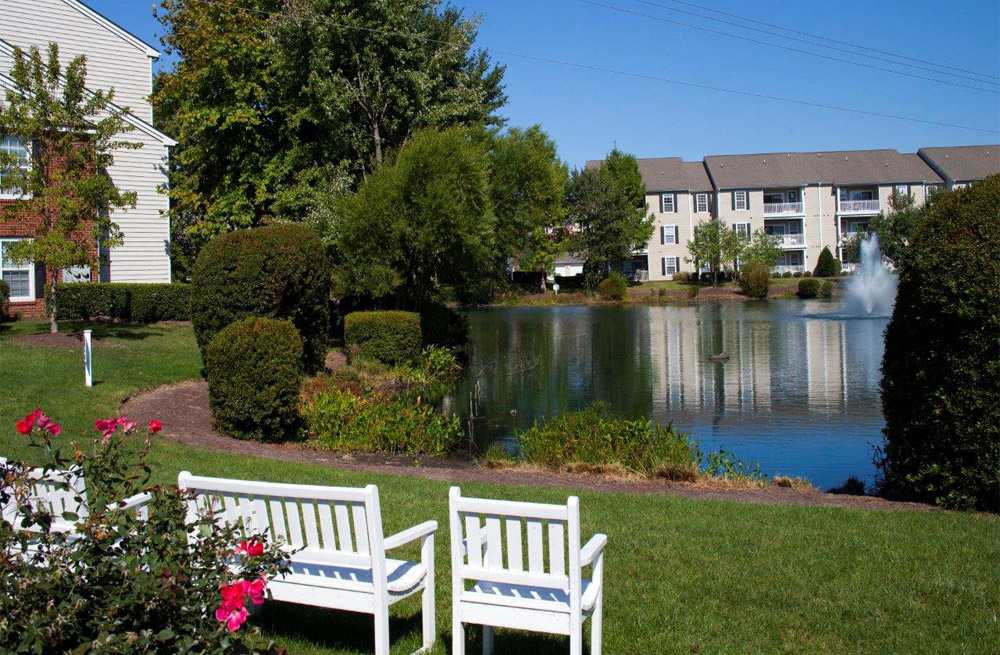 Apartment Living With Refreshing View at Abberly Twin Hickory Apartment Homes, Glen Allen