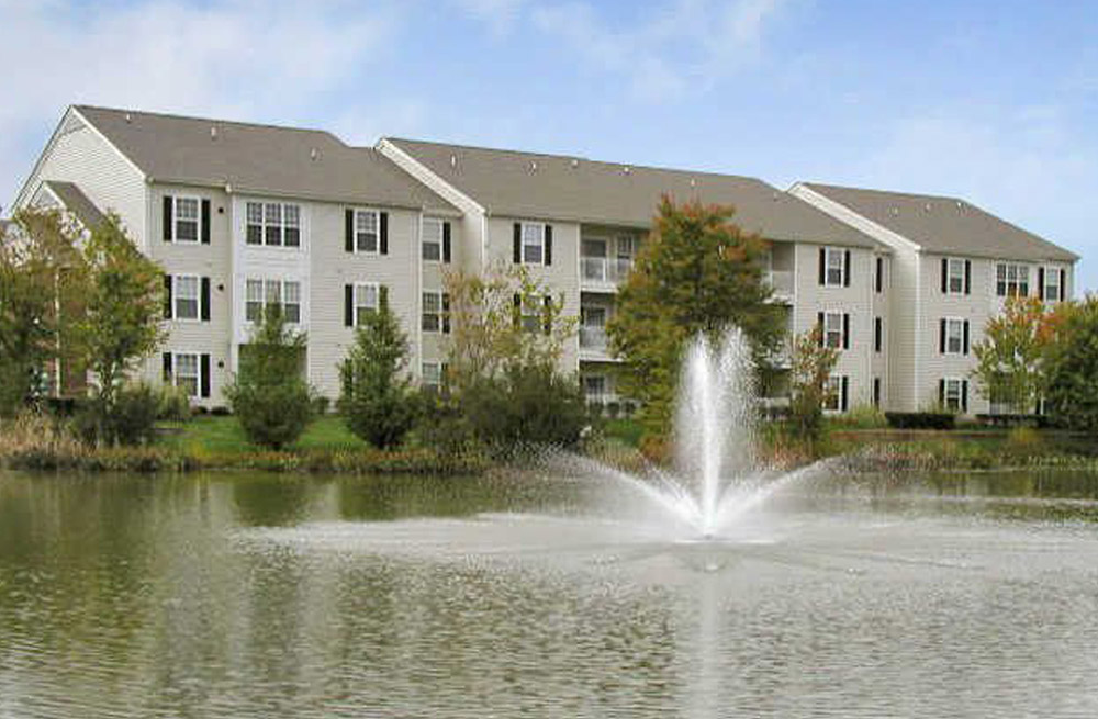 Sparkling Ponds With Fountains at Abberly Twin Hickory Apartment Homes, Virginia, 23059