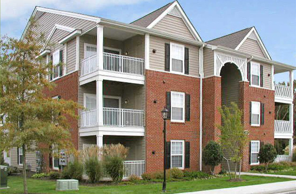 Miles of Sidewalks at Abberly Twin Hickory Apartment Homes, Glen Allen, VA, 23059