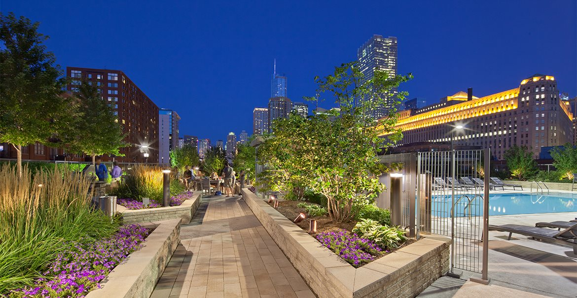 Enjoy the beautiful night views of Chicago while relaxing at Hubbard's outdoor fire pit.