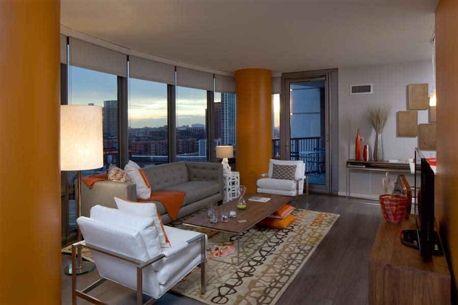 This luxury apartment in Chicago has energy efficient windows and plenty of natural daylight.
