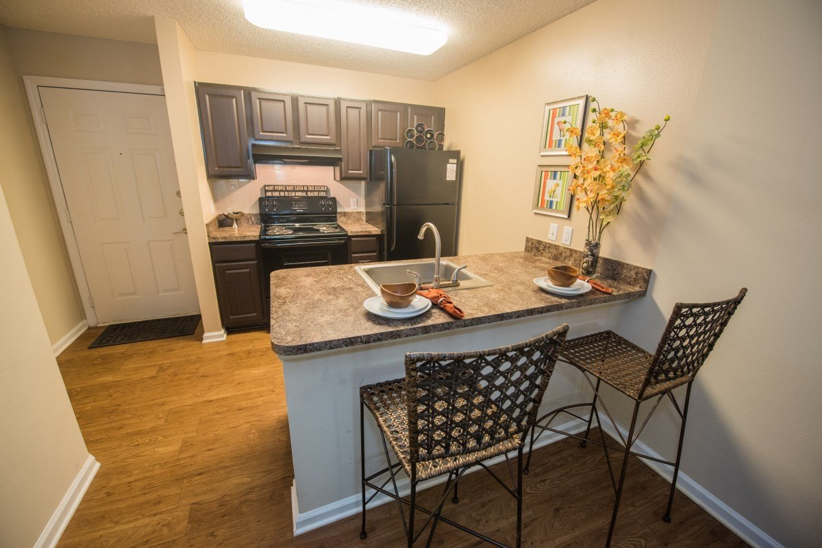 Residents can enjoy upgraded kitchens in select apartments at Grande Oasis.