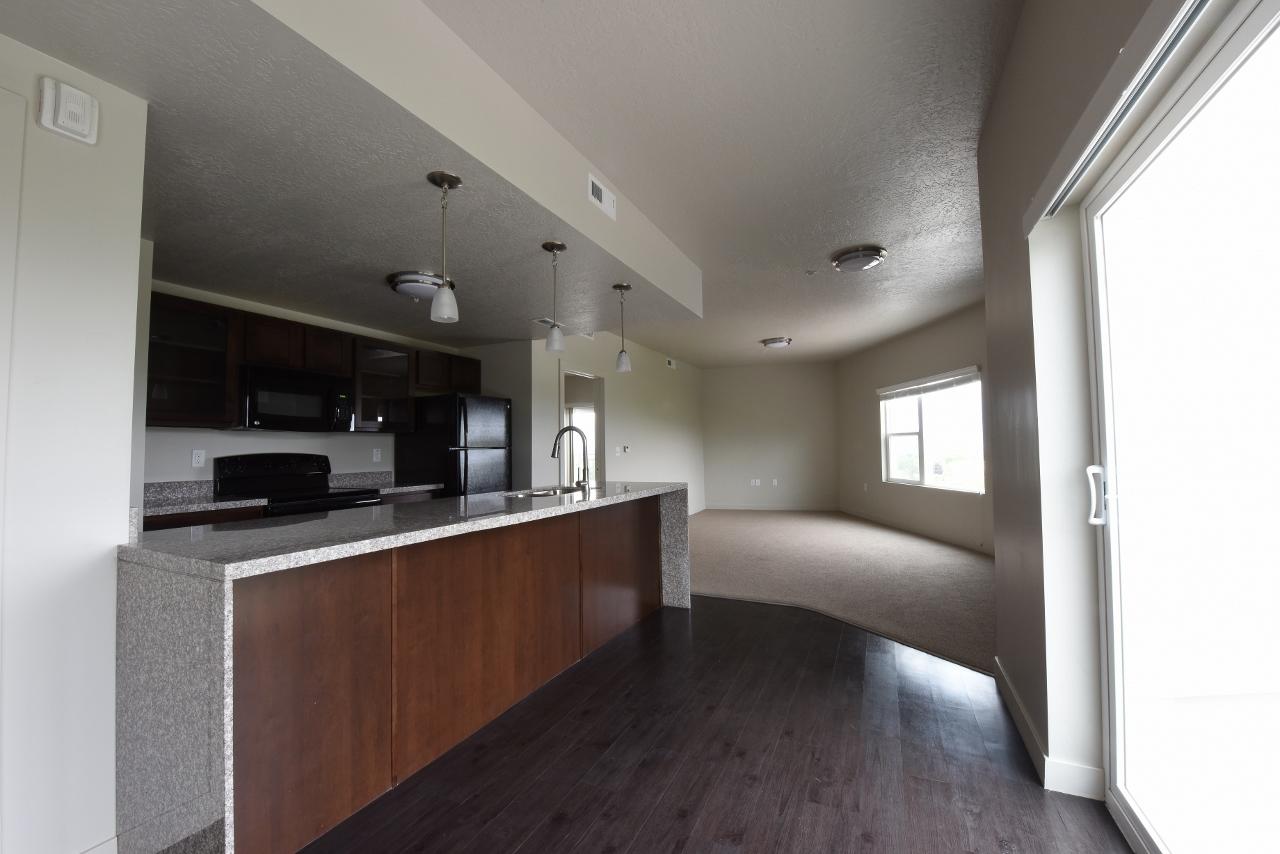 E 1235 E Wilmington Avenue Studio2 Beds Apartment For Rent Photo Gallery 1
