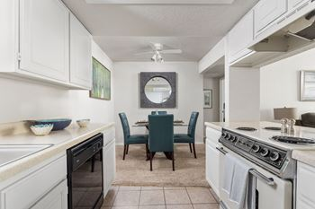 200 W. 15th St. 1-3 Beds Apartment for Rent Photo Gallery 1