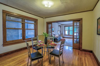 318 W. Gorham Street 2 Beds Apartment for Rent Photo Gallery 1