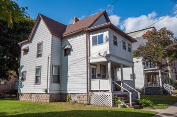 932 Vilas Ave. 2-4 Beds House for Rent Photo Gallery 1