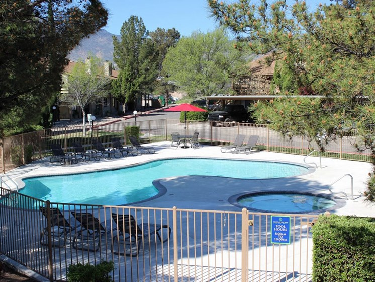 Resort Style Pool and Spa at Mountain View Villa Apartments, Cottonwood, AZ,86326