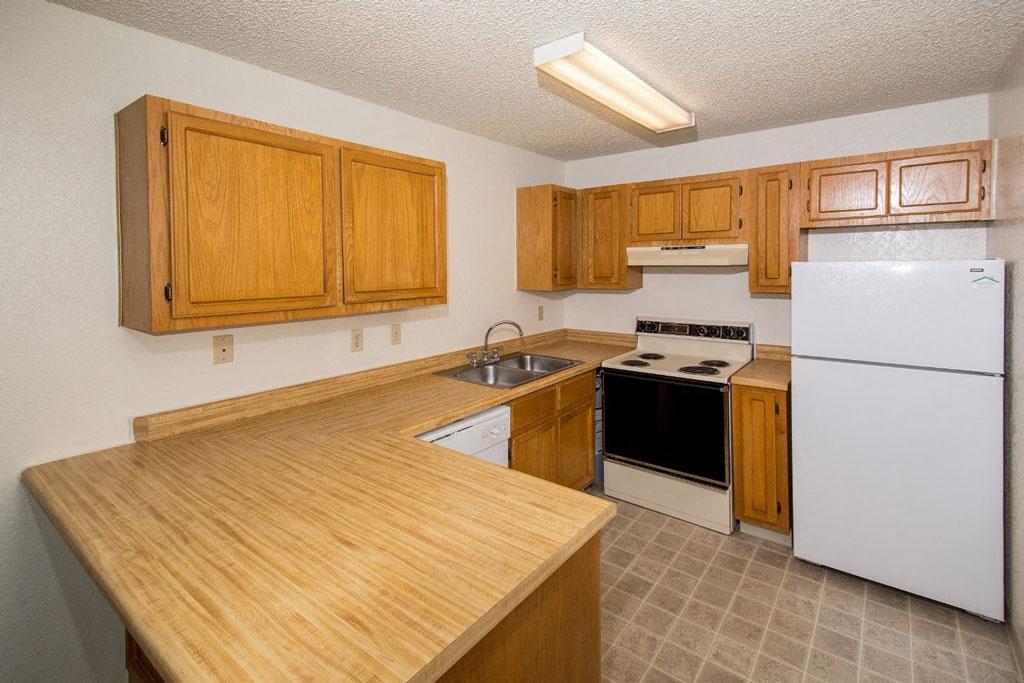 Studio - Full Kitchen