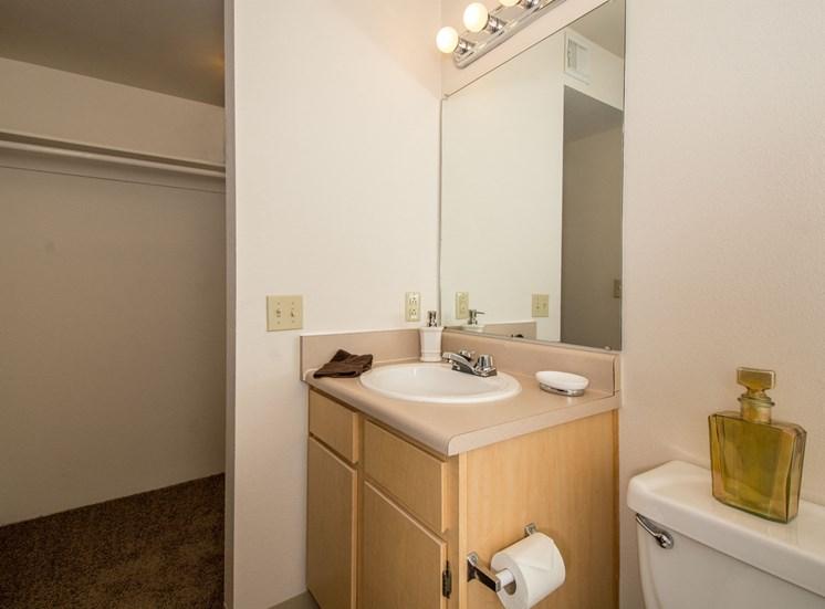 2 Bedroom Apartment En-Suite Bathroom and Closet