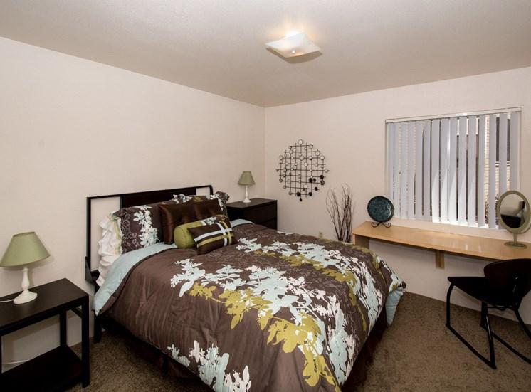 2 Bedroom Apartment Bedroom 2 with Built-In Desk