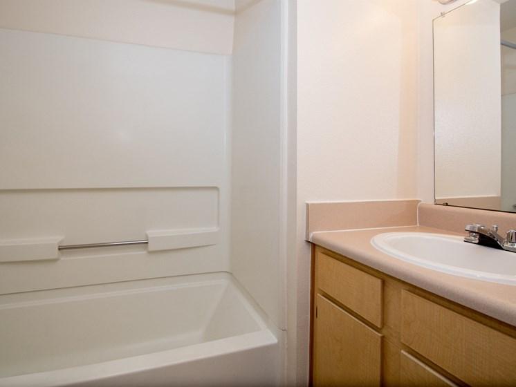 3 Bedroom Apartment En-Suite Bathroom 1