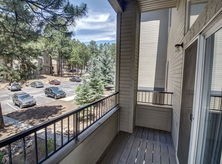 3 Bedroom Apartment Private Deck