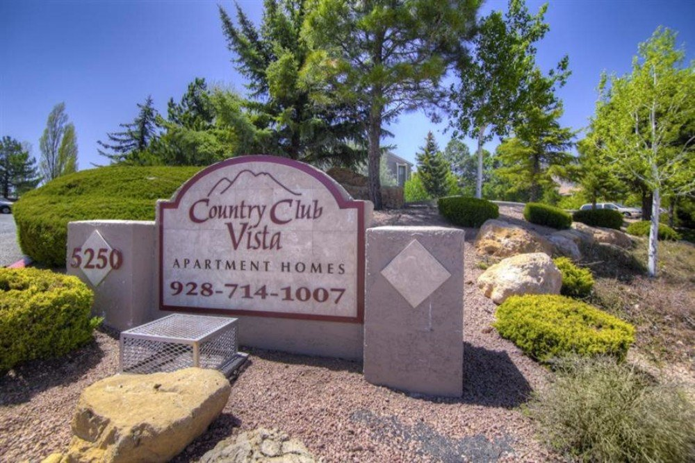 Country Club Vista Apartments in Flagstaff, Arizona