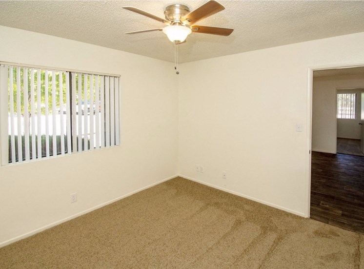 Wall-to-Wall Carpeting at Country Club Meadows Apartments, 5303 East Cortland Blvd, Flagstaff, Arizona