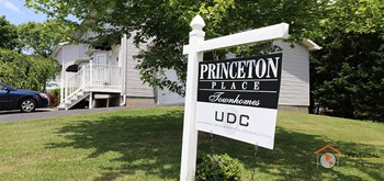 637 Princeton Rd 2 Beds Apartment for Rent Photo Gallery 1