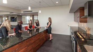 Resident lounge at Innova Apartments in University Circle Cleveland