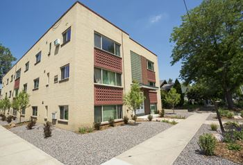 175 S. Sherman Street 1-2 Beds Apartment for Rent Photo Gallery 1