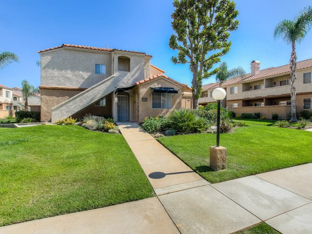 Walking Trails Along The Community at Sedona Apartment Homes, Moreno Valley, 92553