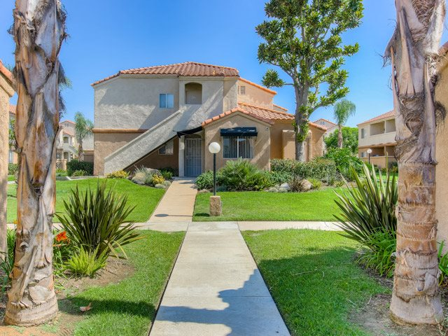 Lush landscaping at Sedona Apartment Homes, 25106 Fir Ave, CA
